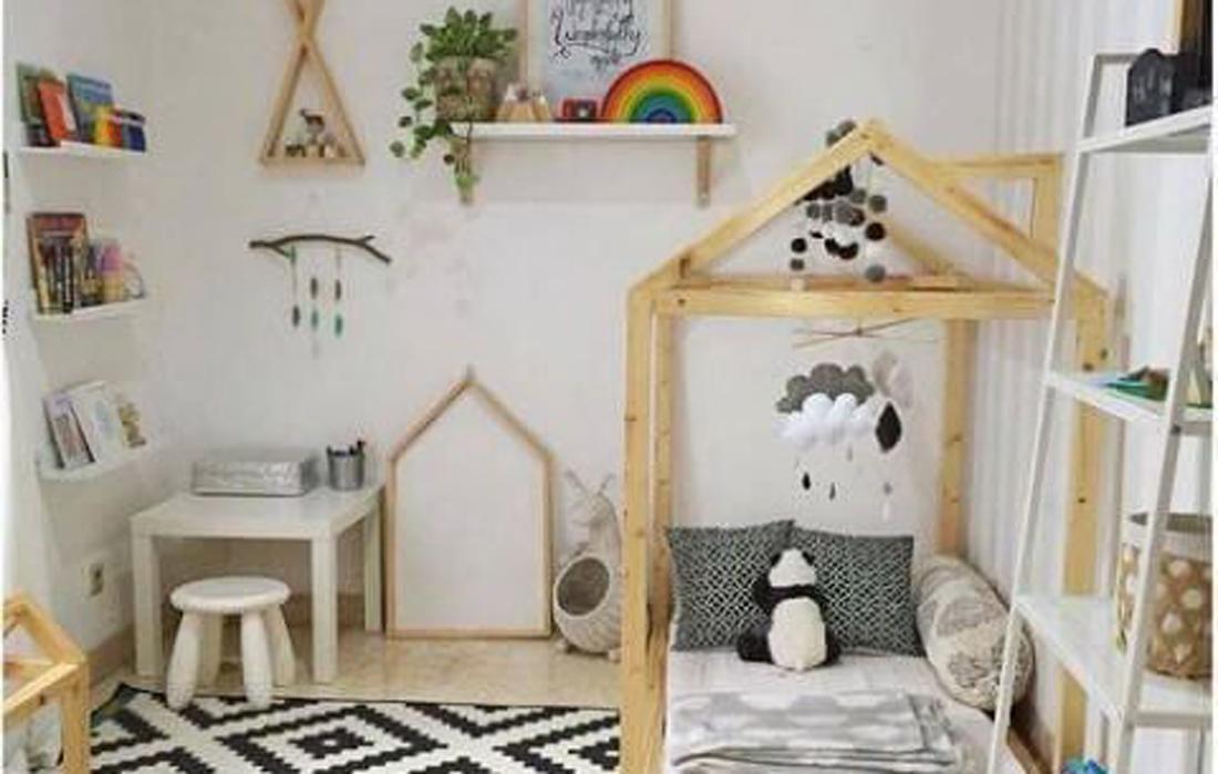 cameretta montessoriana con letto a capanna in legno